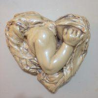 תינוק בתוך לב